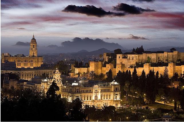 The-Alcazaba-in-Malaga-at-Night-CC-Saracino